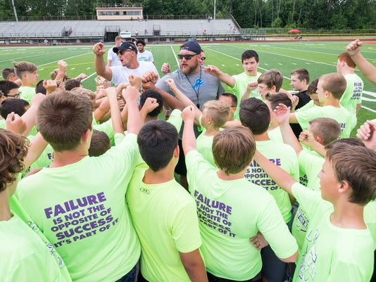 636675313475051208-20180718-Lelito-Legacy-football-camp-0012.jpg