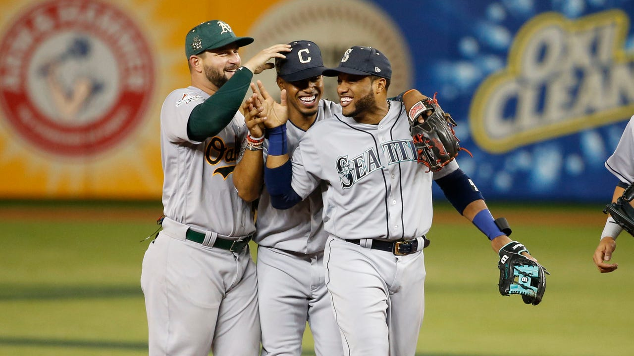 555bc628d9e Robinson Cano s 10th inning home run lifts American League to All ...