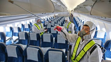Flight risk: There is no national plan to deal with contagious disease on airplanes