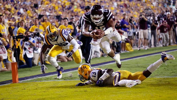 Mississippi State didn't play this weekend but climbed two spots to No. 12 in the AP Poll.