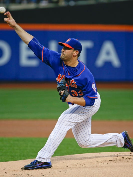 New York Mets' Matt Harvey delivers a pitch during the first inning of a  baseball game against the Boston Red Sox on Friday, Aug. 28, 2015, in New York. (AP Photo/Frank Franklin II)