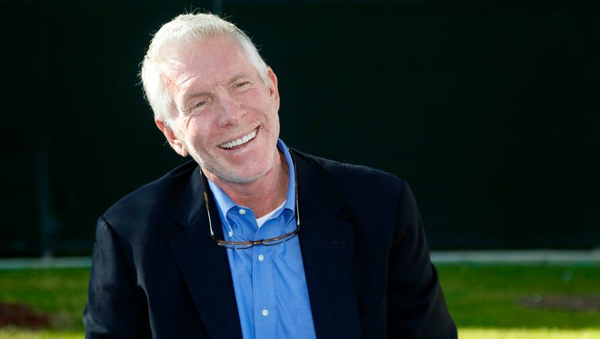 Baseball Hall of Famer and former Philadelphia Phillies third baseman Mike Schmidt speaks at a press conference at the Phillies spring training complex Sunday, March 16, 2014, in Clearwater, Fla. (AP Photo/Mike Carlson)