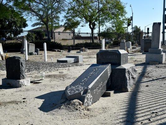 Japanese-cemetery-1.JPG