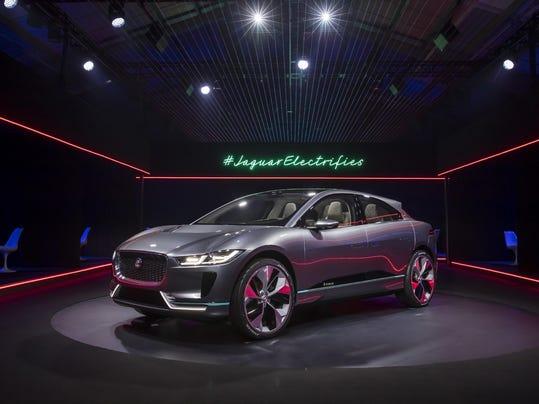 Jaguar I-PACE Concept_020
