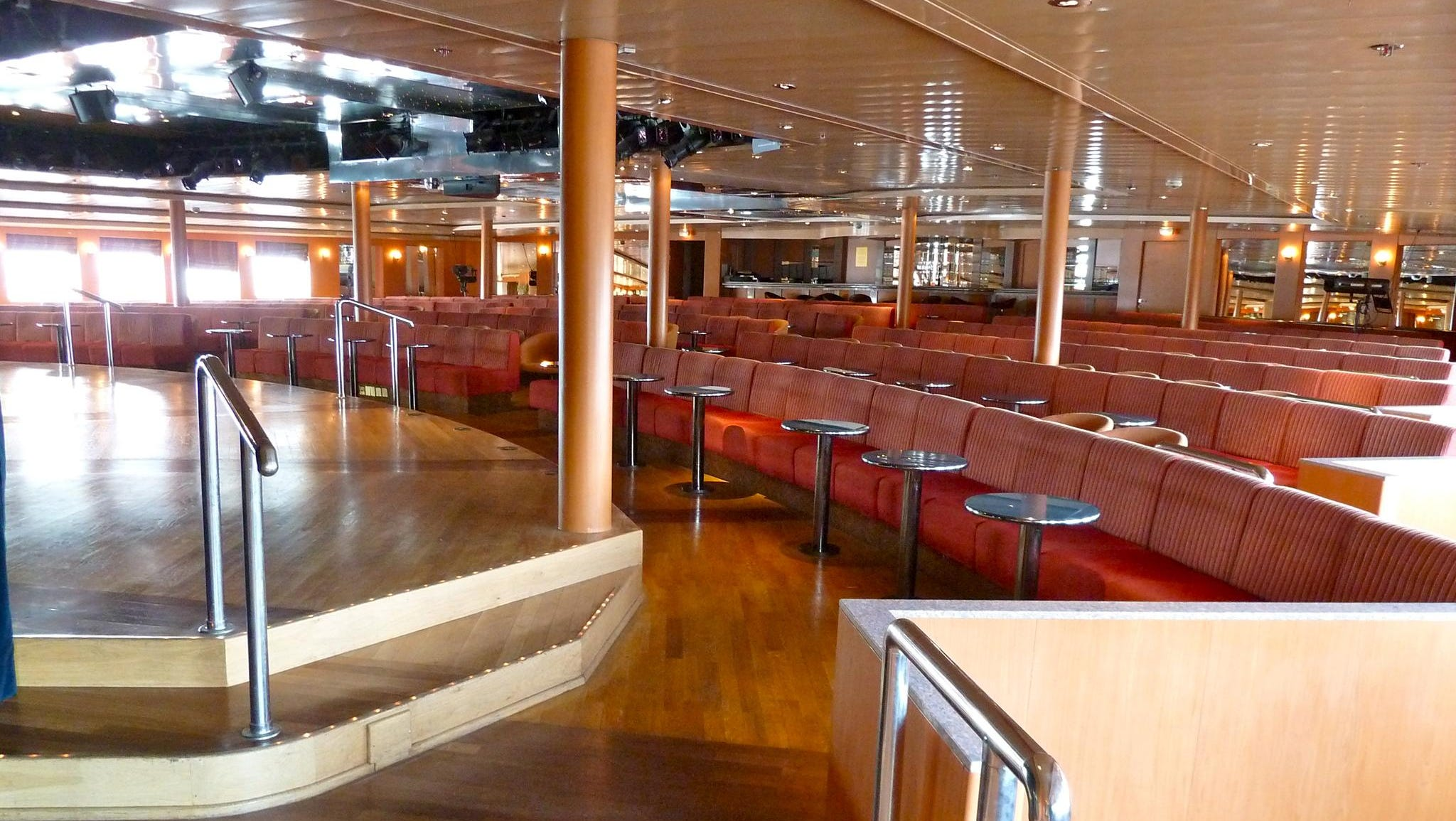 Beginning an entire level of public rooms, the 438-seat Marco Polo Lounge is the ship's showroom and theater on forward Magellan Deck. This is a popular venue for enrichment lectures, concerts and the mainstage entertainment.