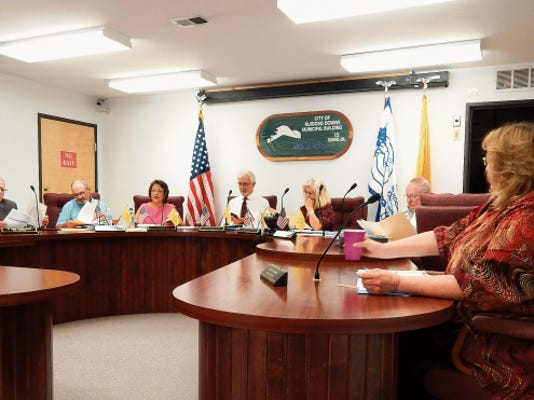 Attorney John Underwood looks over documents during Ruidoso Downs City Council meeting.