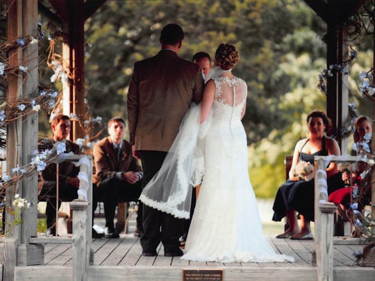 Living History Farms in Urbandale includes four indoor and multiple outdoor options for a wedding ceremony, including a gazebo and picnic shelter.
