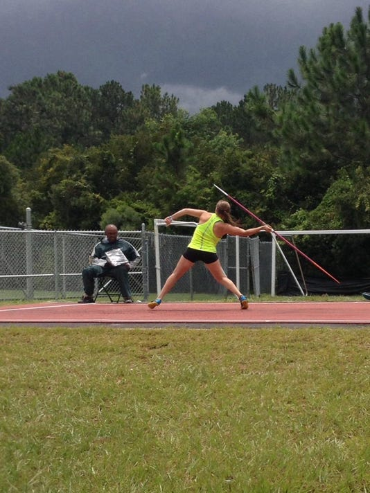 Sydney Otto javelin throw