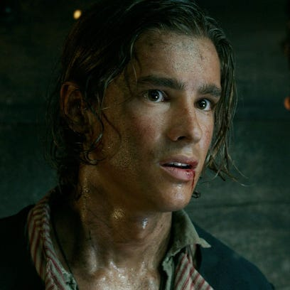 Get to know Brenton Thwaites, the new 'Pirates of the Caribbean' hottie