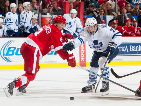 David Clarkson, right, scored 114 career goals with the New Jersey Devils, Toronto Maple Leafs and Columbus Blue Jackets.