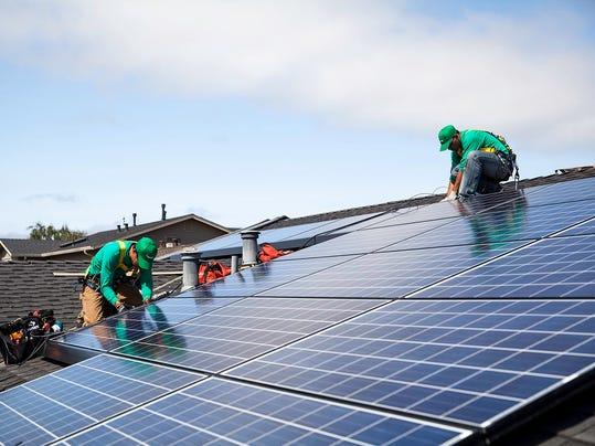 Solar_City_2_Install_1_Day_MG_1858-sm.jpg