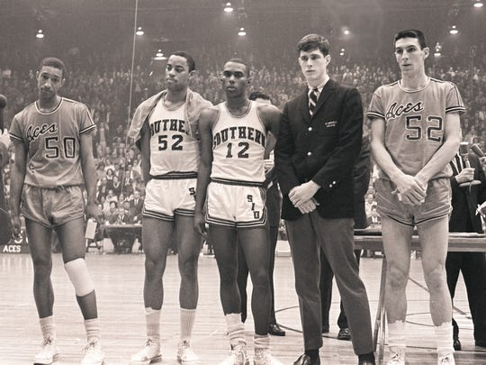 Courier & Press Archives