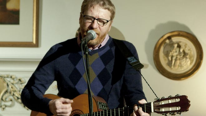 Cracker's David Lowery (pictured) and Johnny Hickman performed in the Indianapolis home of Steve and Jane Ruemmele in February 2009 as part of the Kessler House Concert Series. They will play louder and to a larger audience at the Lincoln Amphitheatre in Lincoln on June 10.