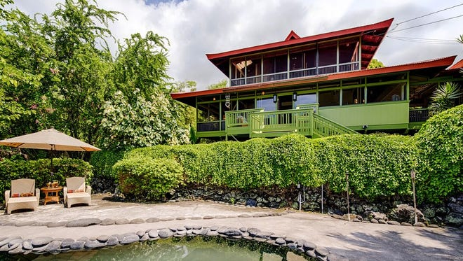 Honaunau-Napoopoo, Hawaii: This four-bedroom rental sleeps eight and rents for an average of $586 a night.