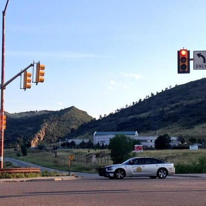 Jefferson County deputies are responding to reports of multiple armed suspects on the hogback near C-470 and West Bowles Avenue.