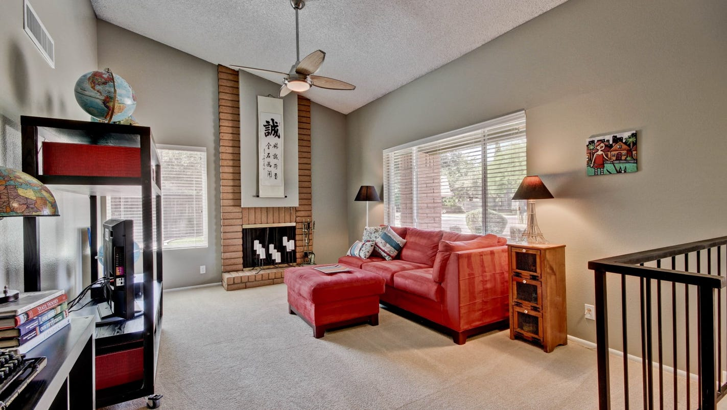 12 diy tips to make your house look model ready for sale for 13 x 16 living room