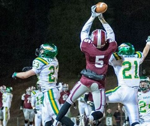 Five-star wide receiver Tee Higgins of Oak Ridge (Tenn.) High School is ranked the nation's No. 27 overall prospect and No. 6 wide receiver in the 247Sports Composite for the 2017 class.
