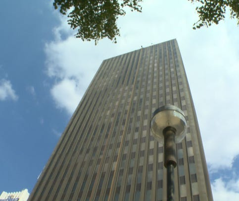 Aug. 28, 2015: WKYC anchor Sara Shookman before rappelling down the 22-story One Cascade Plaza tower in Akron, Ohio.
