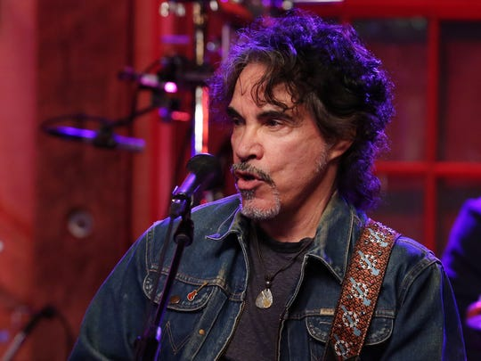 John Oates of Hall and Oates performs Tuesday at Daryl's House in Pawling, during a special show featuring Hall and Oates and Pat Monahan of the band Train.