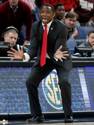 Alabama head coach Avery Johnson is seen on the sidelines during the second half of an NCAA college basketball semifinal game against Kentucky at the Southeastern Conference tournament Saturday, March 10, 2018, in St. Louis. Kentucky won 86-63. (AP Photo/Jeff Roberson)