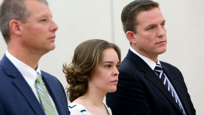 Lacey Spears appears in Westchester County criminal court Oct. 23, 2014 with her attorneys Stephen Riebling, left and David Sachs. Judge Richard Molea adjourned a hearing until Dec. 11 when he may set a trial date.