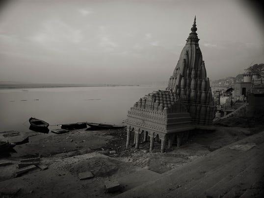Enjoy-1997-IND-105-Varanasi.jpg
