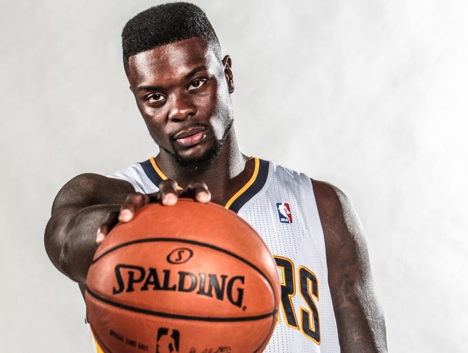 Indiana Pacers shooting guard Lance Stephenson has reportedly signed a three-year , $27 million deal with the Charlotte Hornets.