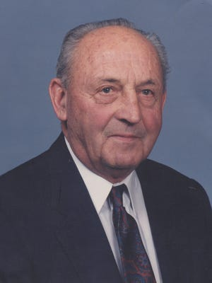 Mel Uridil, 96