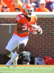 Clemson wide receiver Ray-Ray McCloud (34) returns a kickoff during the Tigers' spring game on Saturday.
