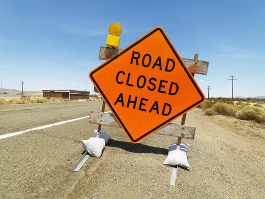 -Road Closed.jpg_20150520.jpg