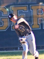 Alamogordo's Colin Kirk throws a ball into the infield