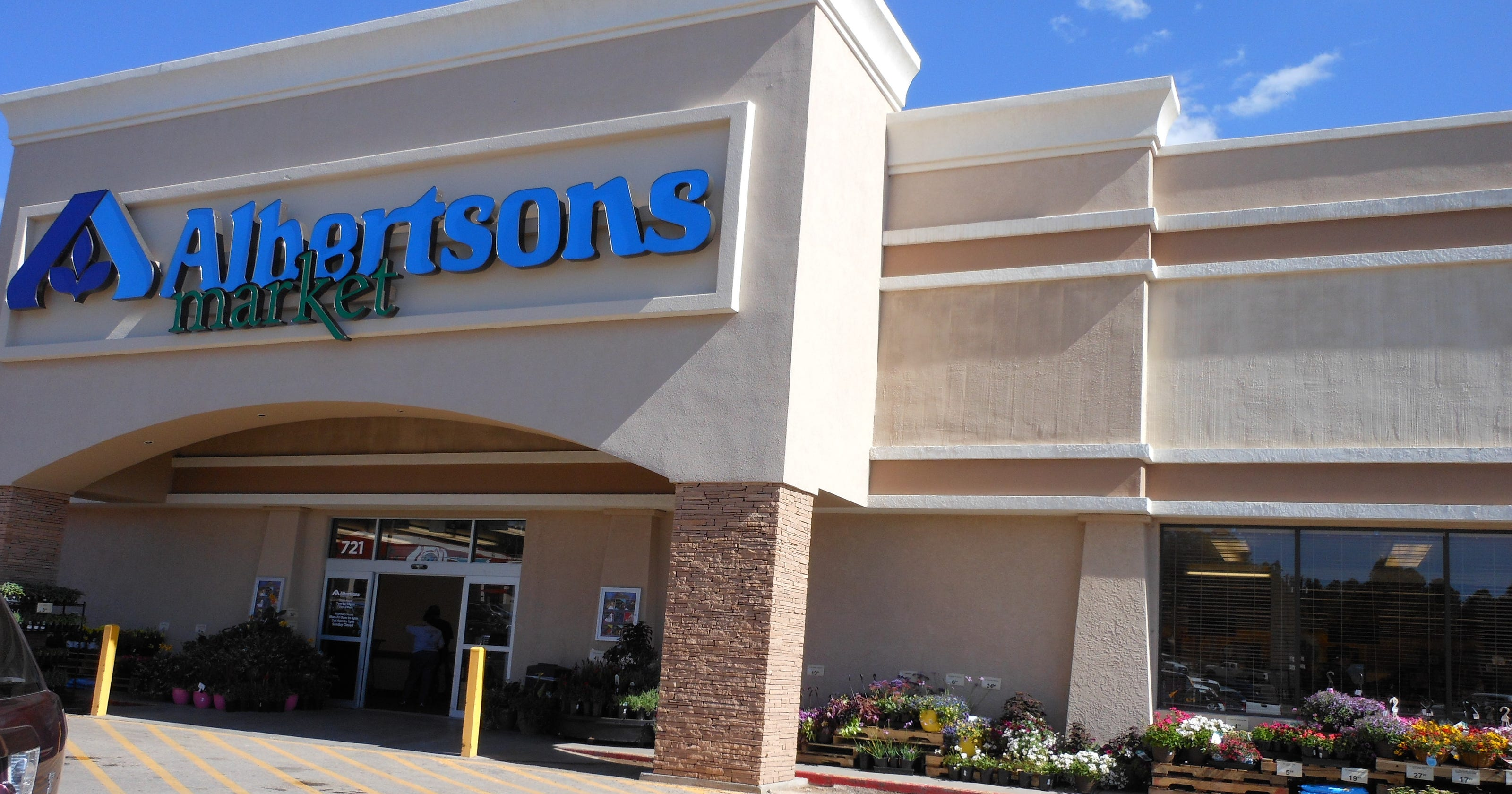 Albertsons Christmas Hours.Albertsons Market Open For Business