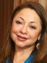 Elena Izquierdo