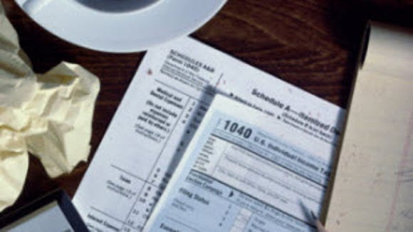 4 things every student needs to know about filing taxes