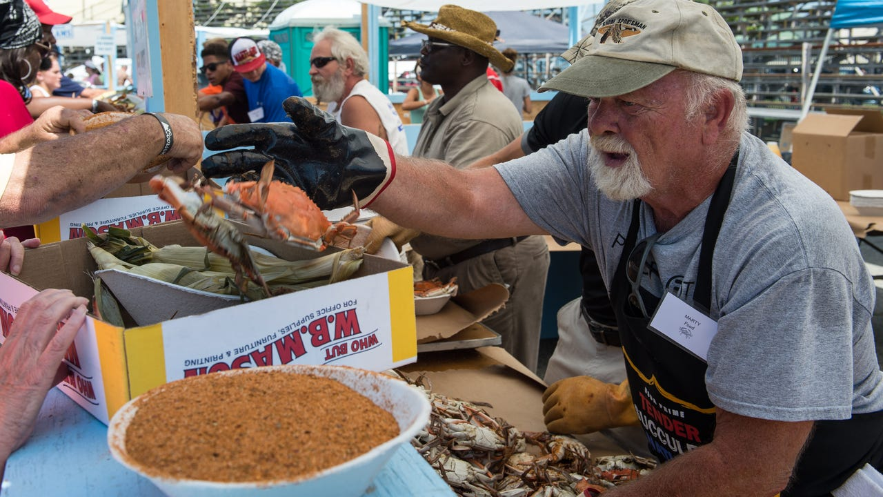How to Pick a Crab with Fern Griffith.