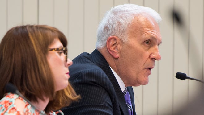 Knox County Schools Superintendent Bob Thomas speaks at the Board of Education work session meeting in the Knoxville City-County Building on April 9, 2018.