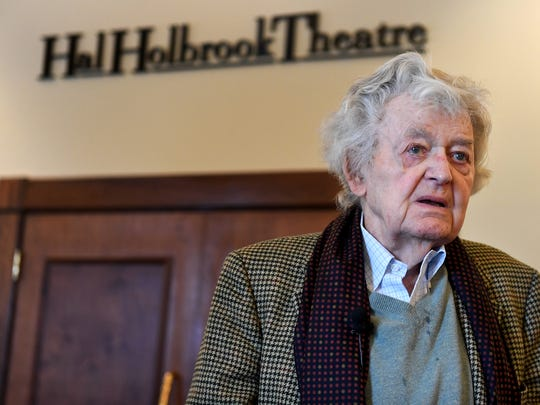Hal Holbrook visited The Dixie Performing Arts Center, Monday, November 6. Holbrook, 92, treated Carol Academy students to lunch before watching them perform in a play.