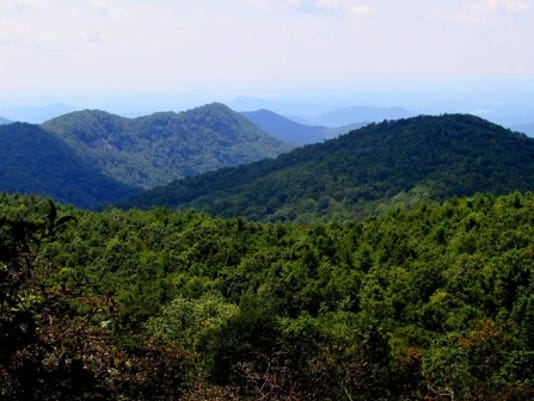 636119555233897798-SASSAFRAS-MOUNTAIN-VIEW-FROM-PLATFORM-672-336-crop-fill.jpg