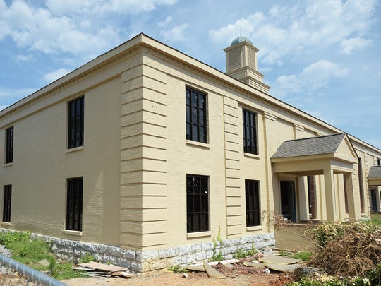 Williamson County is renovated a 1905 building at Academy Park to become the new Enrichment Center, a venue for theatre, performing arts venue and art gallery.