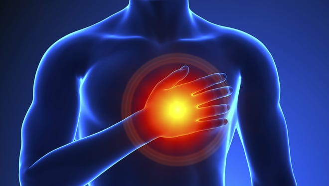 Many middle-aged men who had sudden cardiac arrests had symptoms beforehand.