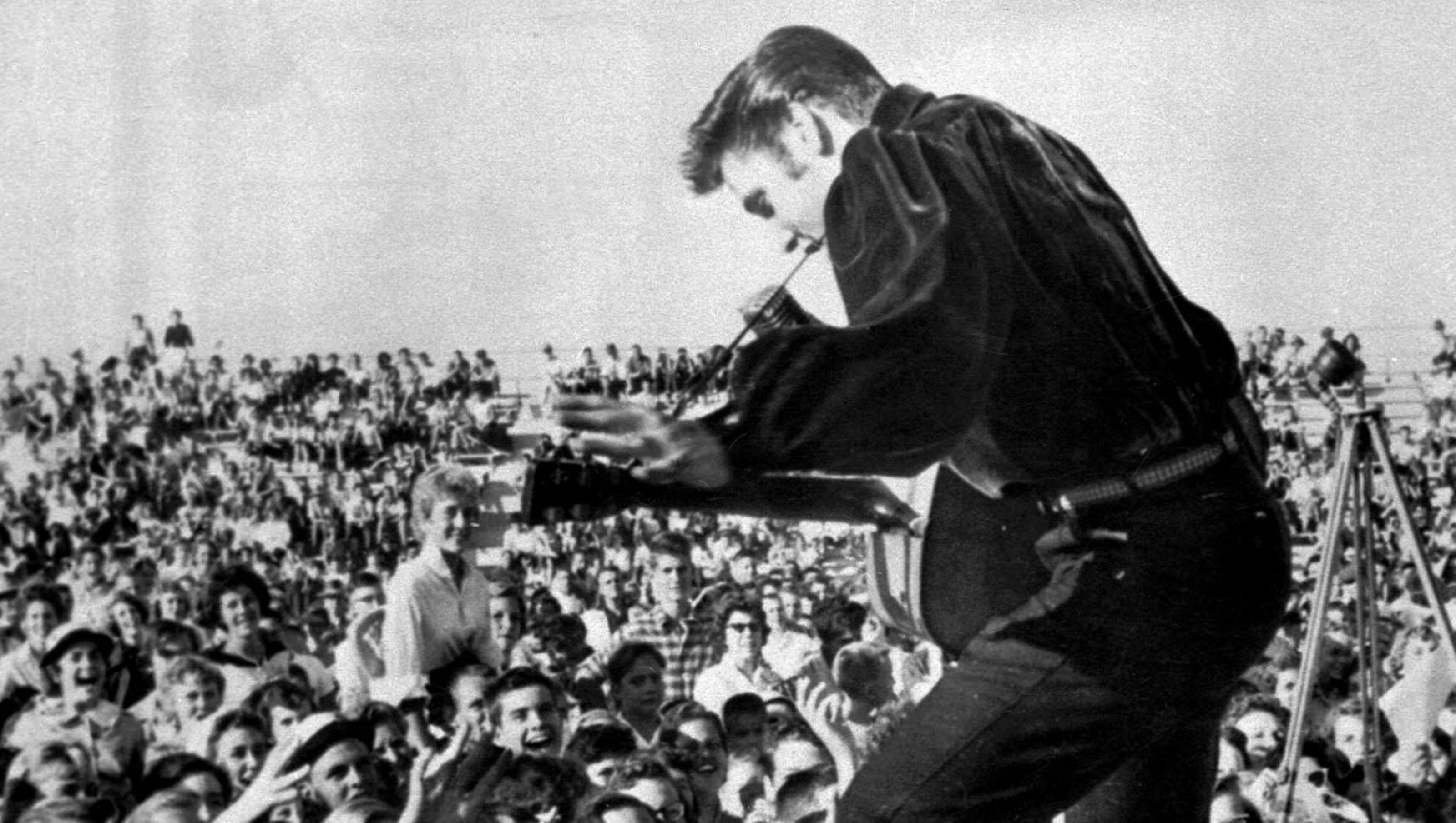 40 years after his death, Elvis bio sings a sad song about ... Sad Songs About Death