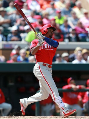 Cedric Hunter, hoping to earn a roster spot with the Phillies, has had only four at-bats in the major leagues, all in 2011 with San Diego.