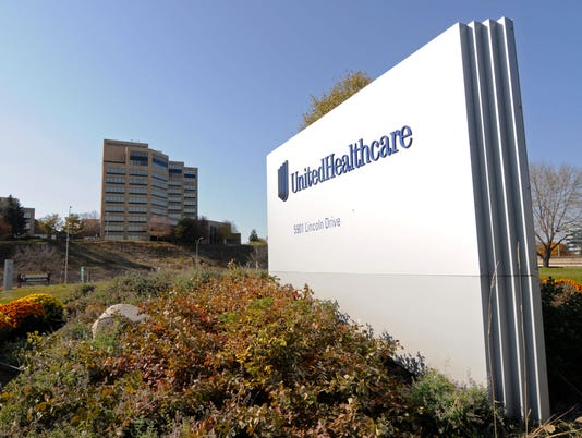 AP EARNS UNITEDHEALTH F A FILE USA MN