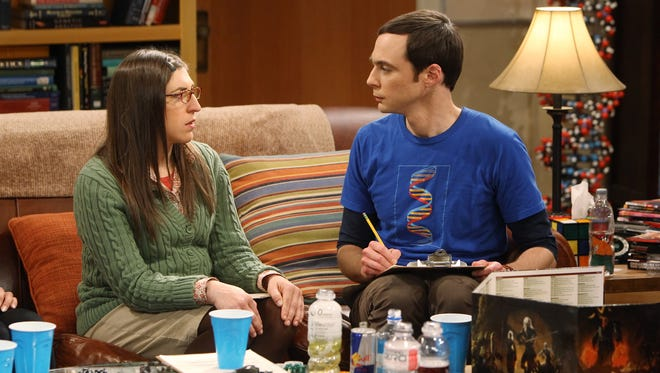 When the girls' trip to Las Vegas falls through, Amy (Mayim Bialik) rolls the dice on her relationship with Sheldon (Jim Parsons) during a game of  'Dungeons & Dragons.'