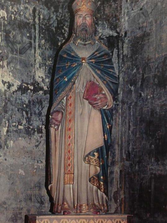 Statue of Saint Landry in Paris, France.JPG
