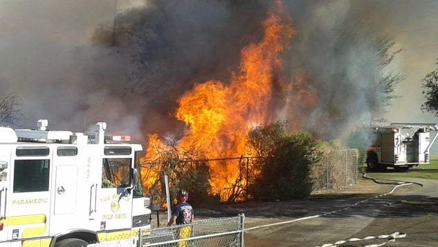 A small brush fire was contained in Palm Springs Thursday afternoon.