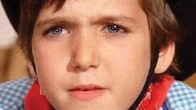 Paris Themmen portrayed Mike Teavee when he was 11 years old.