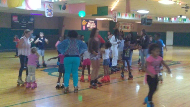 Students and parents attend Lakewood Park Elementary PTO's Back to School Bash.