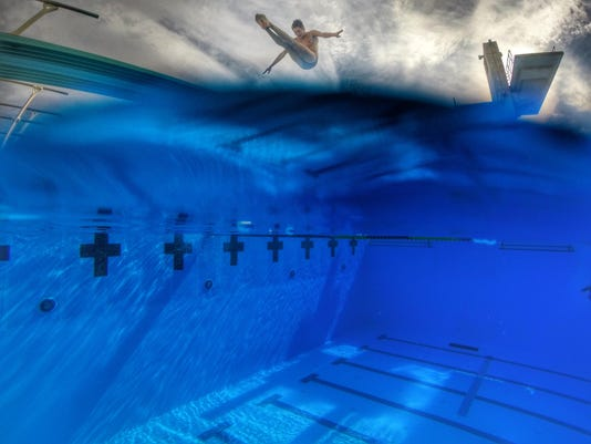 Chiles Chase Lane diving moneyshot