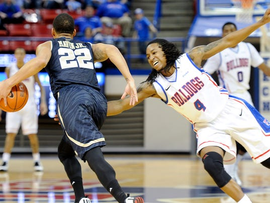 Bulldog Basketball vs FIU